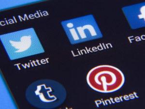 ¿Quiénes son los políticos españoles más seguidos en las redes sociales?