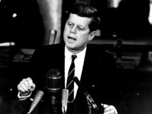 Frases célebres sobre la política y los políticos