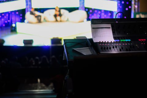 La Comunicación Política en televisión ha sufrido numerosos cambios desde su origen.