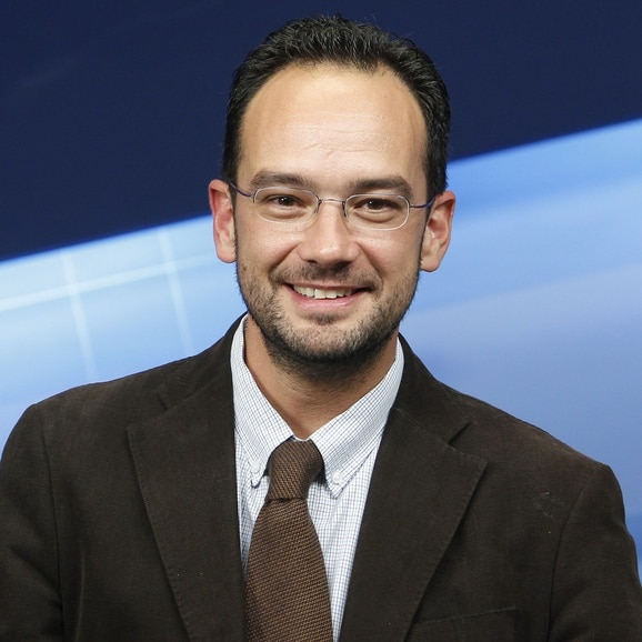 Antonio Hernando Vera Biografia Ces Next