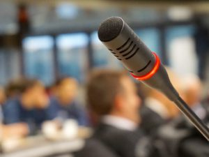 Cuando la Comunicación Política pesa más que la ideología para decidirse por un candidato